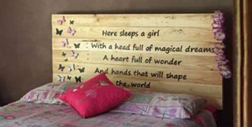 pallet-headboard-lies-a-girl